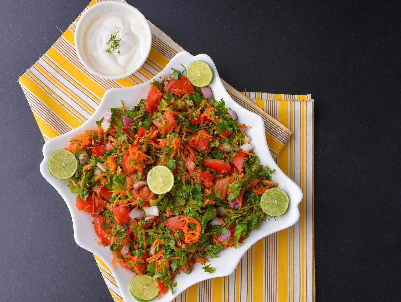 Salat mit Gemüse foto