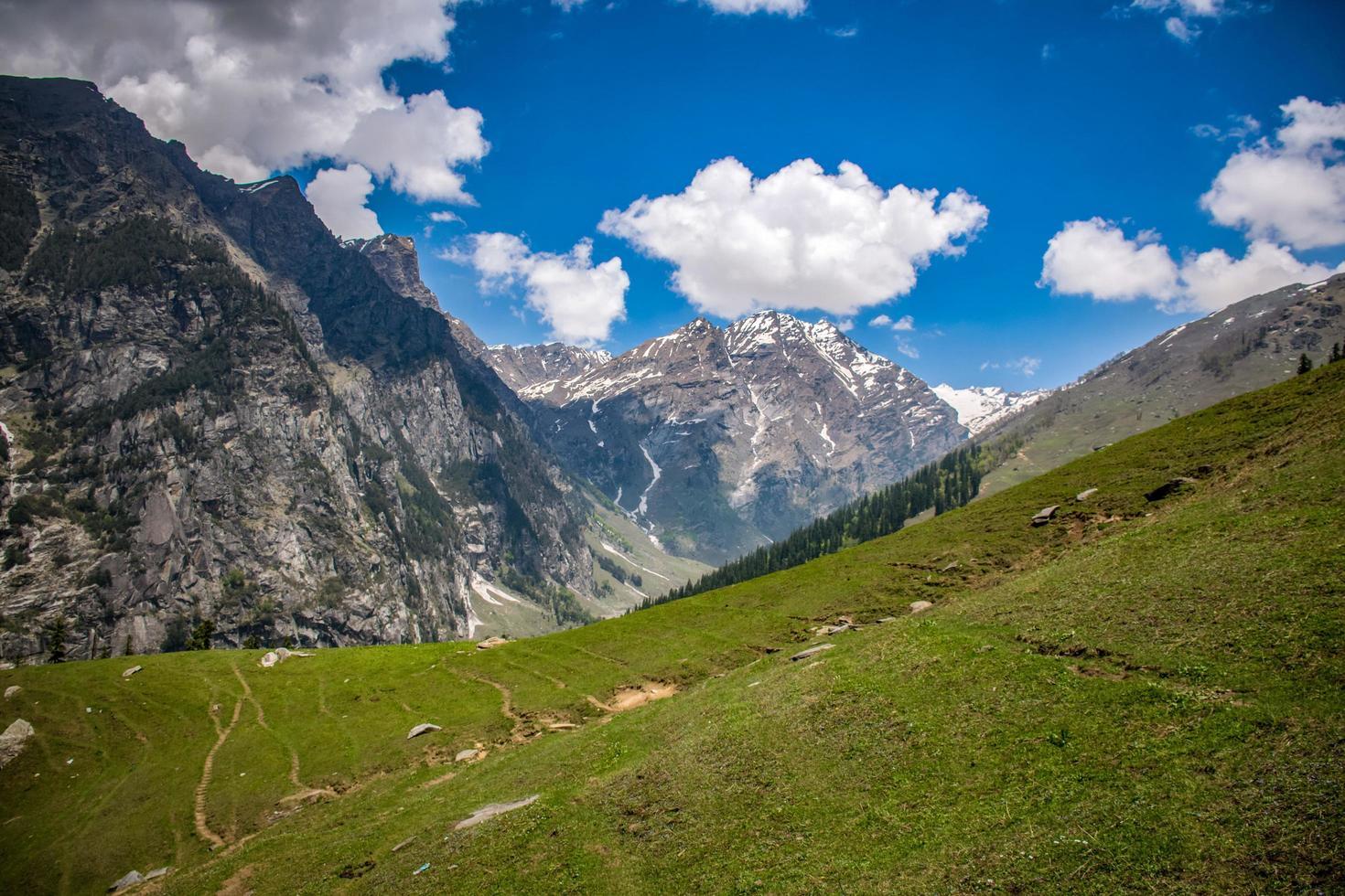 Landschaftsfoto der Berge foto