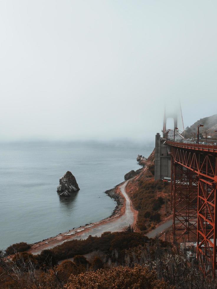 malerische Aussicht auf die Golden Gate Bridge foto