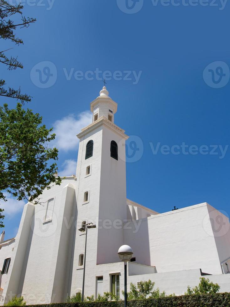 menorca sant lluis weiße mediterrane kirche in balearic foto