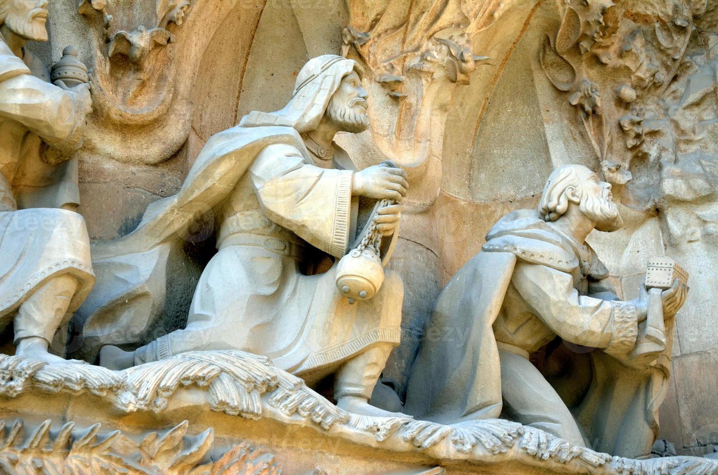 Krippenfassade des Sagrada Familia Tempels foto