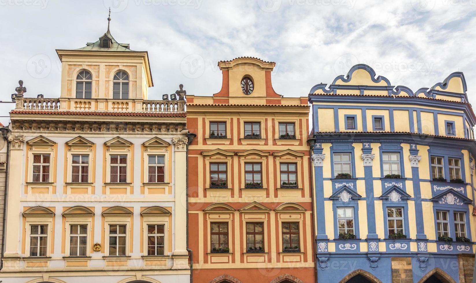 Fassade des historischen Gebäudes in Prag foto