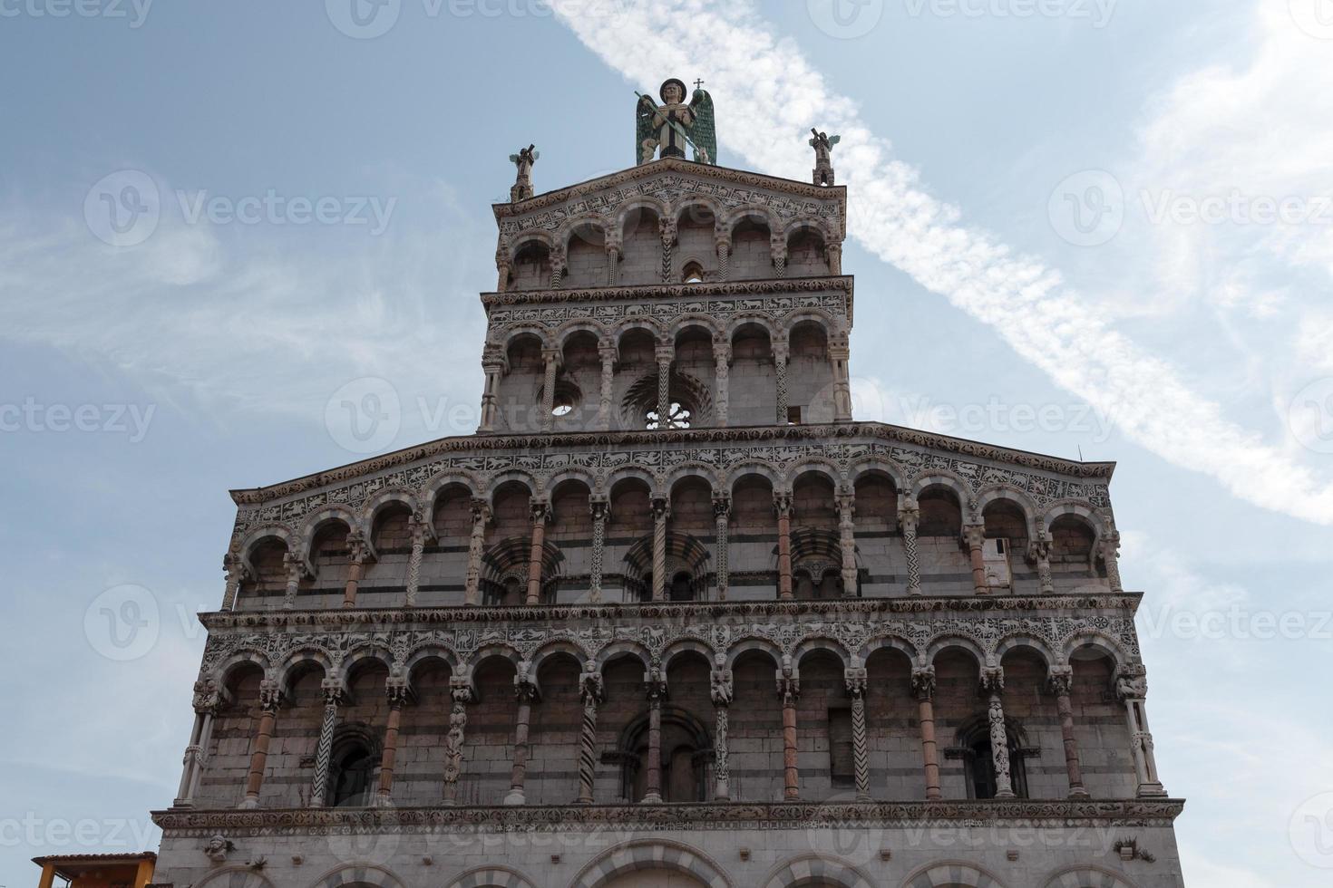 San Michele in Foro in Lucca foto