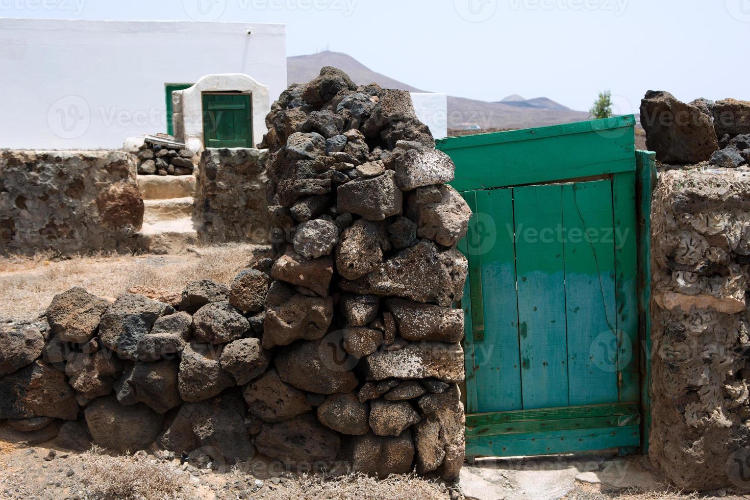 Lanzarote typisches ländliches weißes Haus foto