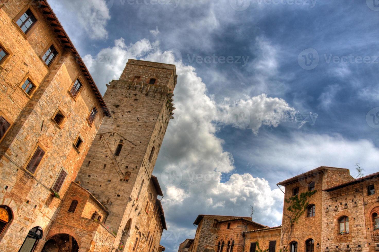 dramatischer San Gimignano foto