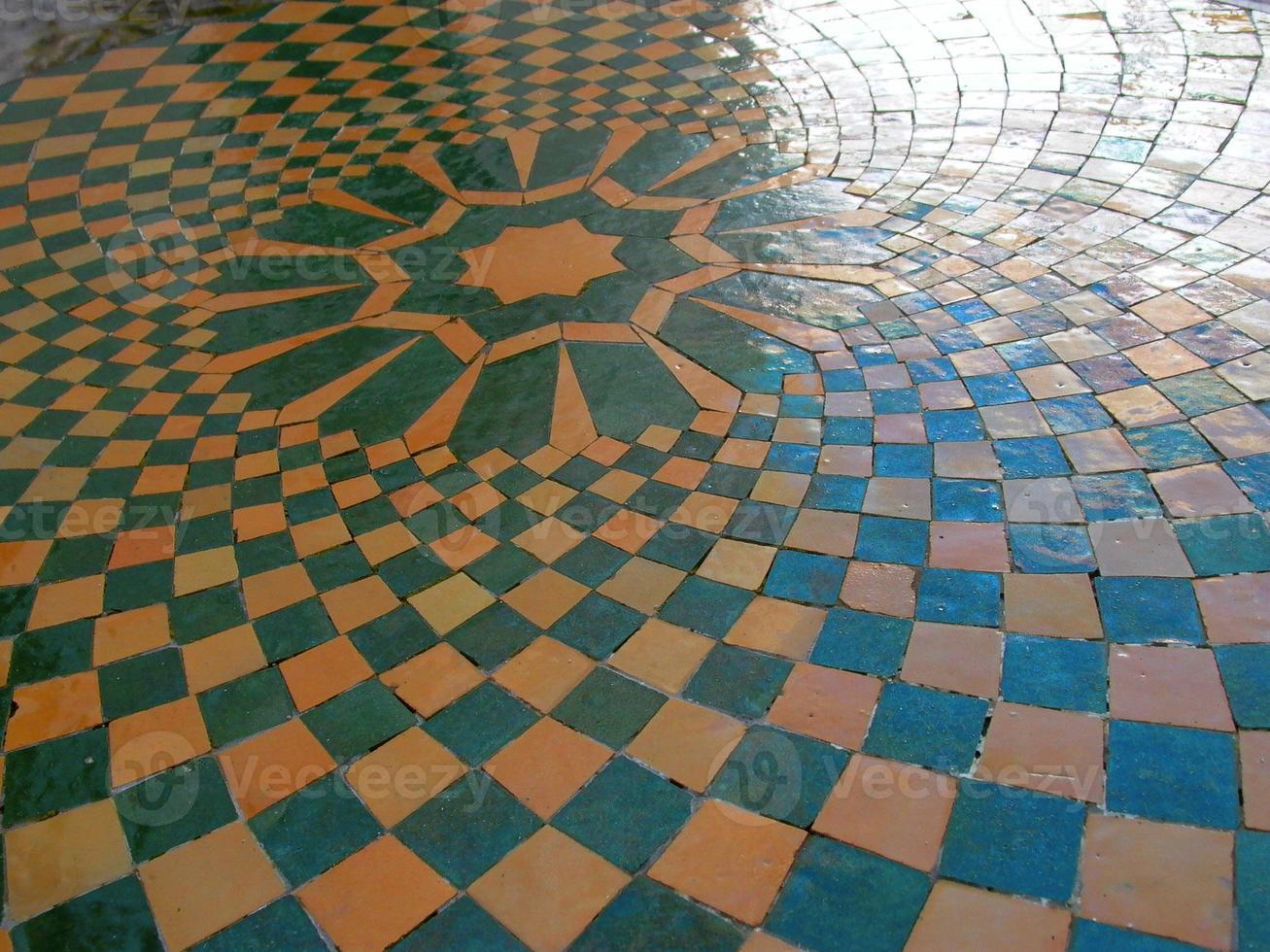 Fliesenboden in natürlicher Farbe foto