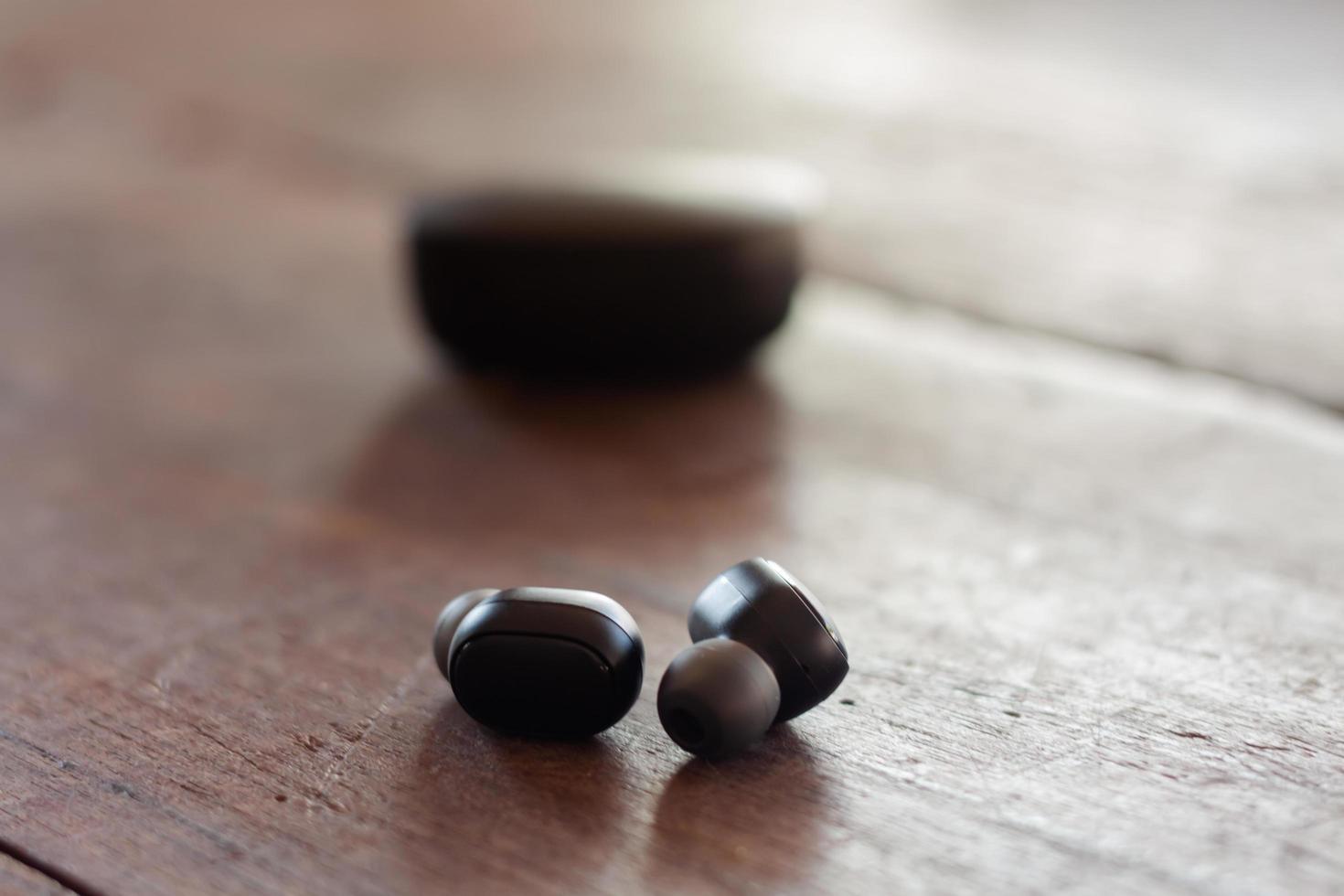 kleine kabellose Kopfhörer foto