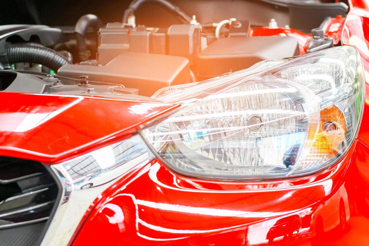 Motor eines neuen Modellautos foto