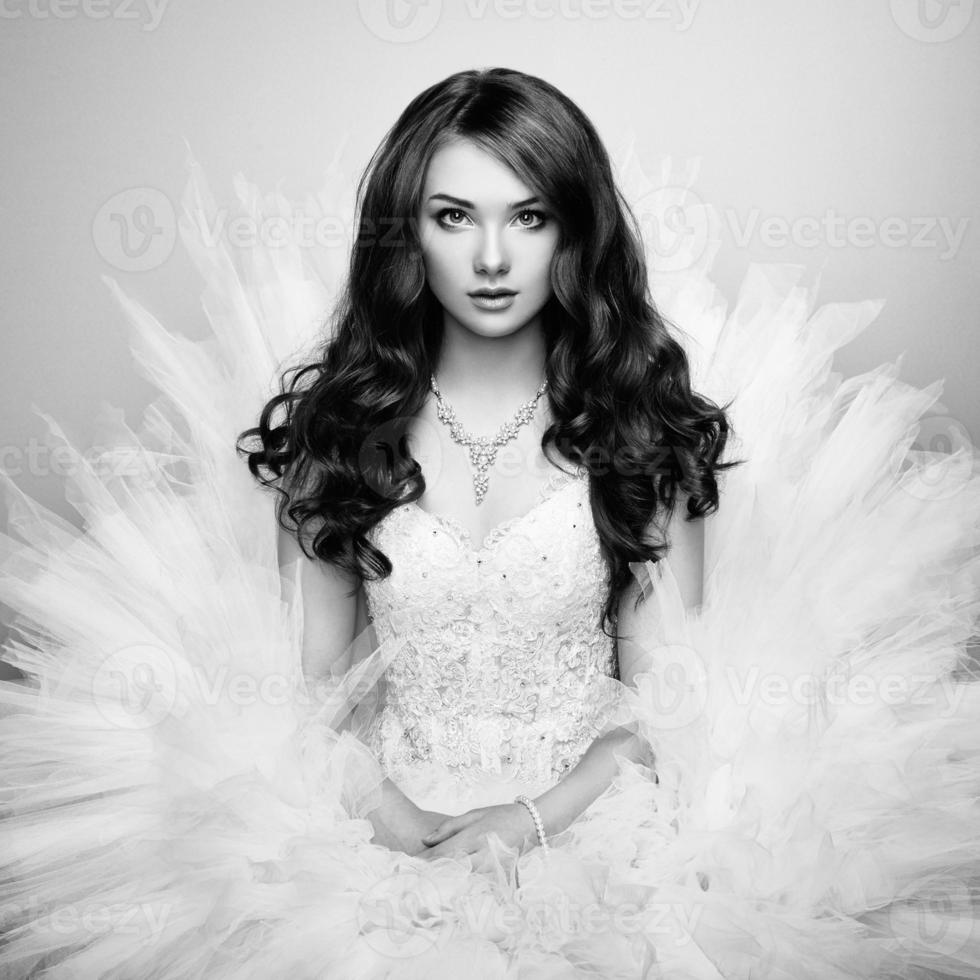 Porträt der schönen Braut. Hochzeitsfoto foto