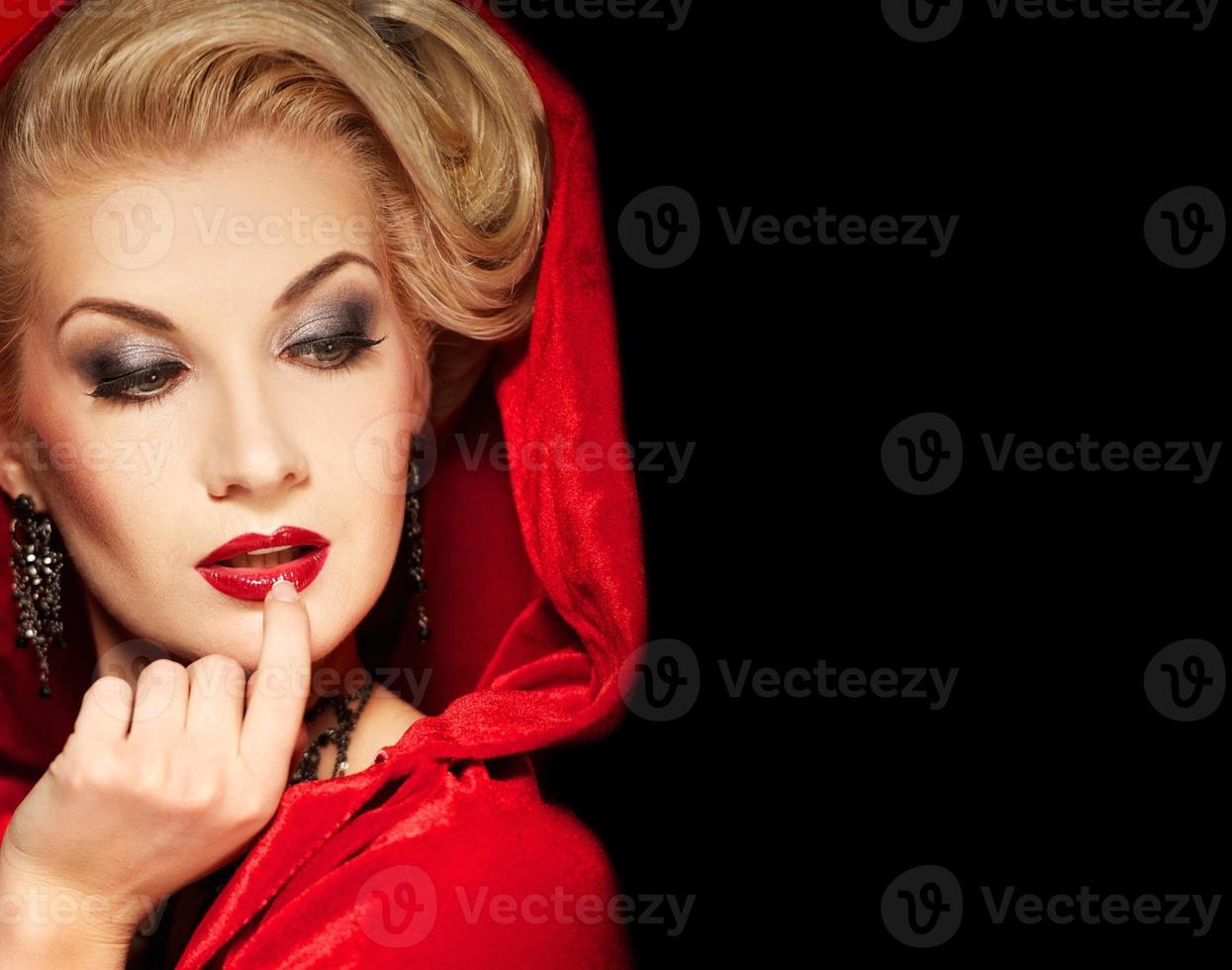 attraktive blonde Dame foto