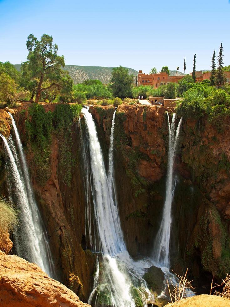 malerischer Wasserfall in Marokko foto