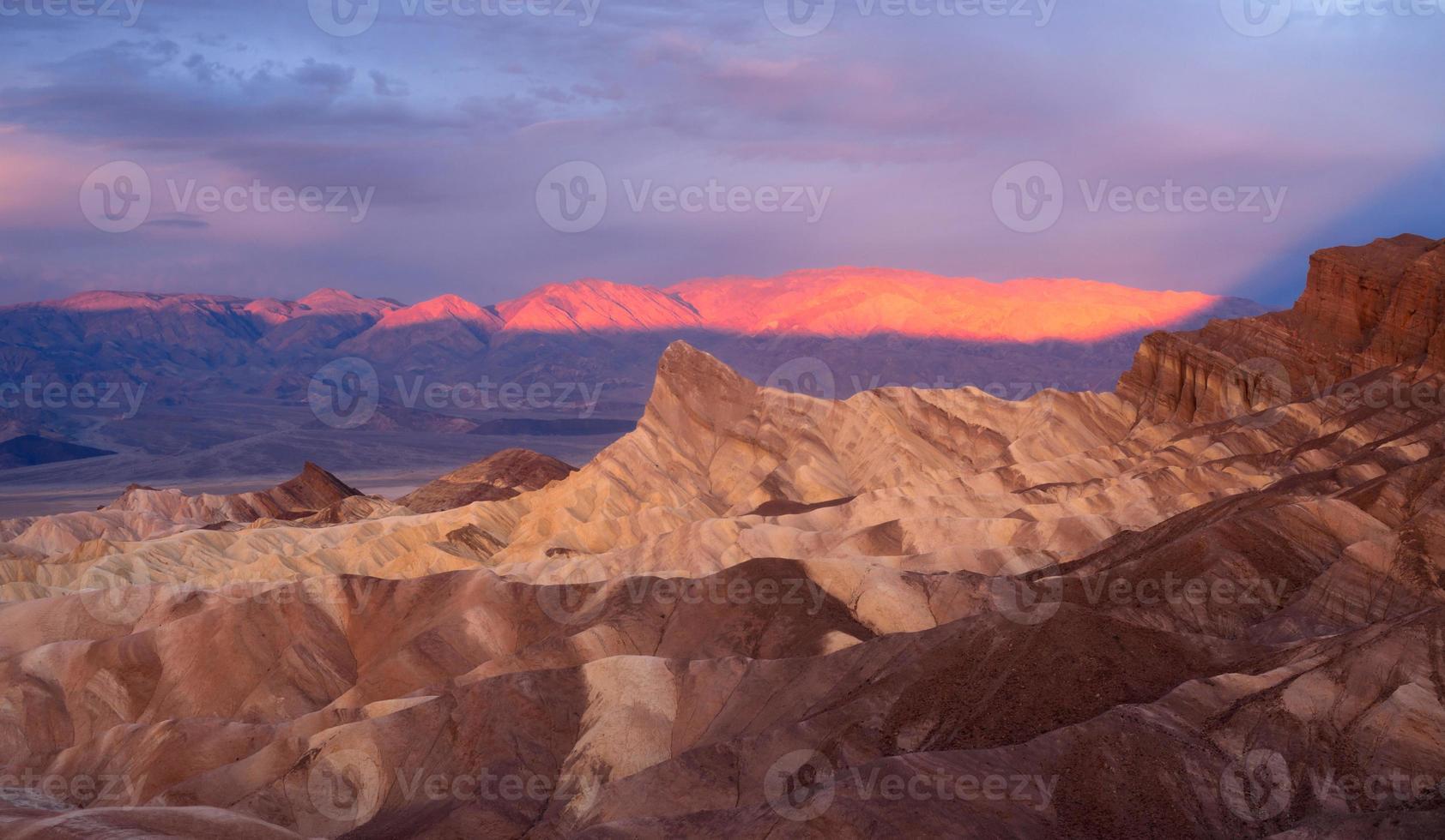 dramatische leichte Ödländer Amargosa Gebirgszug Death Valley Zabriskie foto