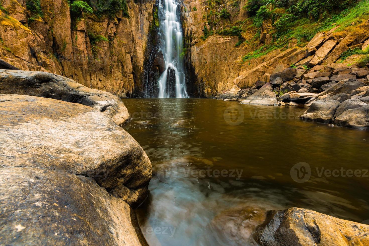 haew narok wasserfall, kao yai nationalpark, thailand foto