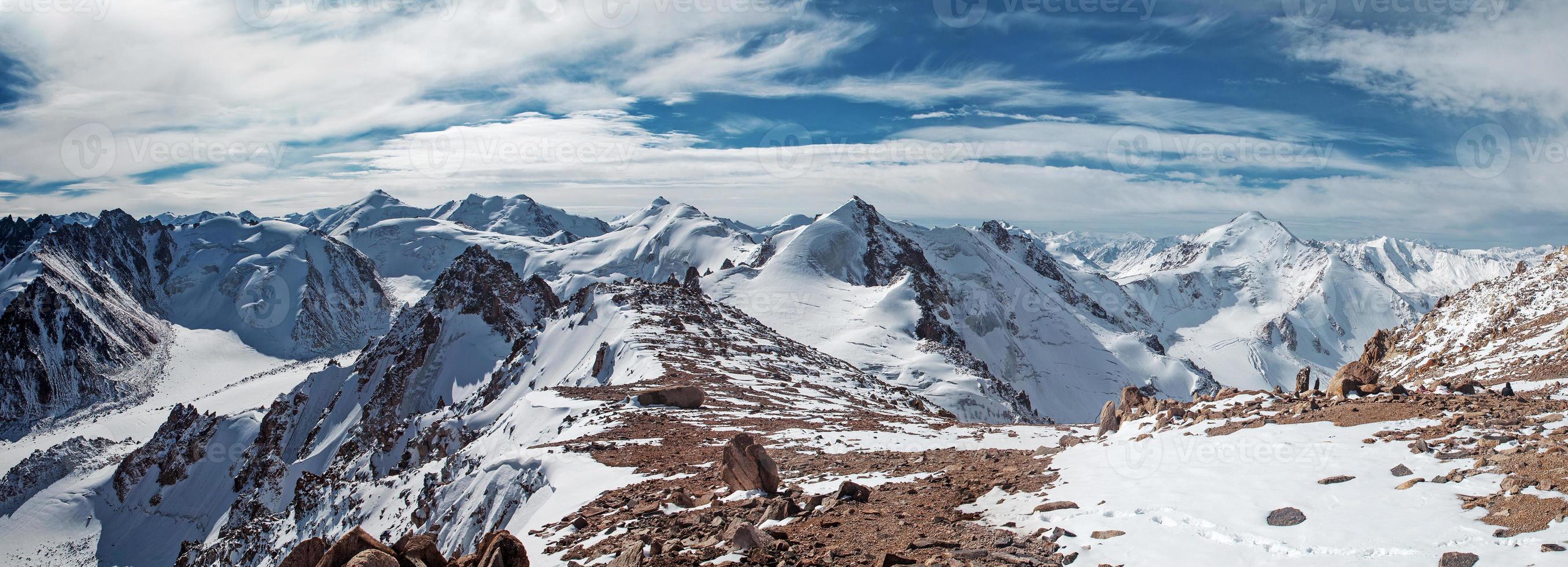 Alatau Berge. foto