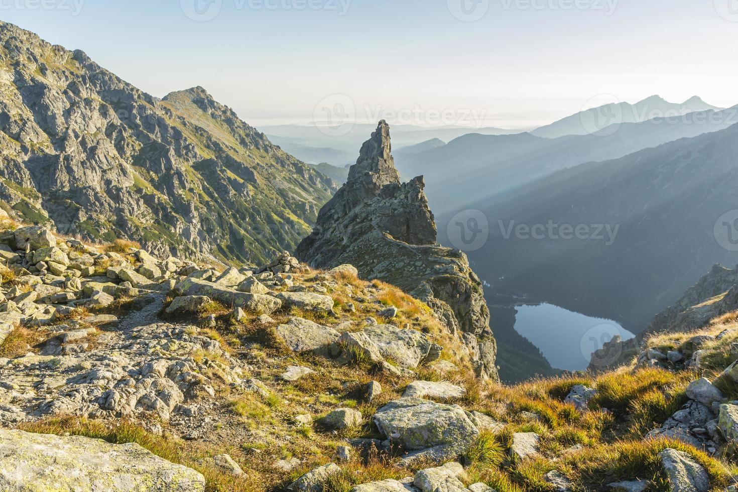 einsamer Klettermönch (mnich) foto
