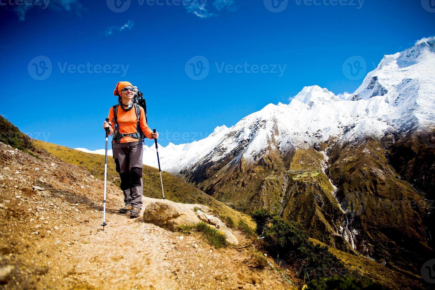 Wandern in den Himalaya-Bergen foto
