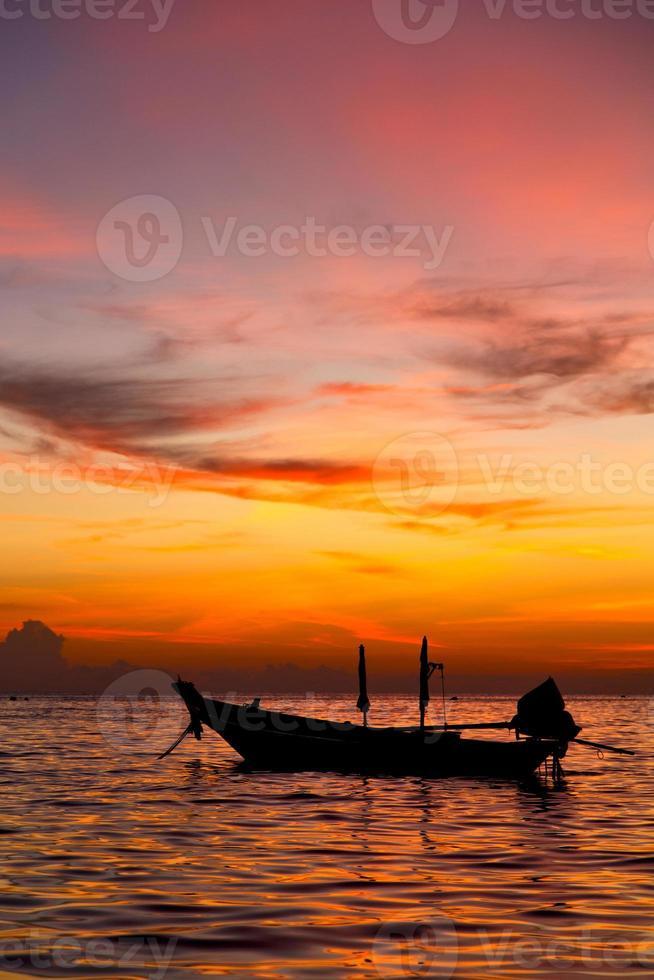 Sonnenaufgang Boot Thailand Kho Tao Bay Küste Südchinesisches Meer foto