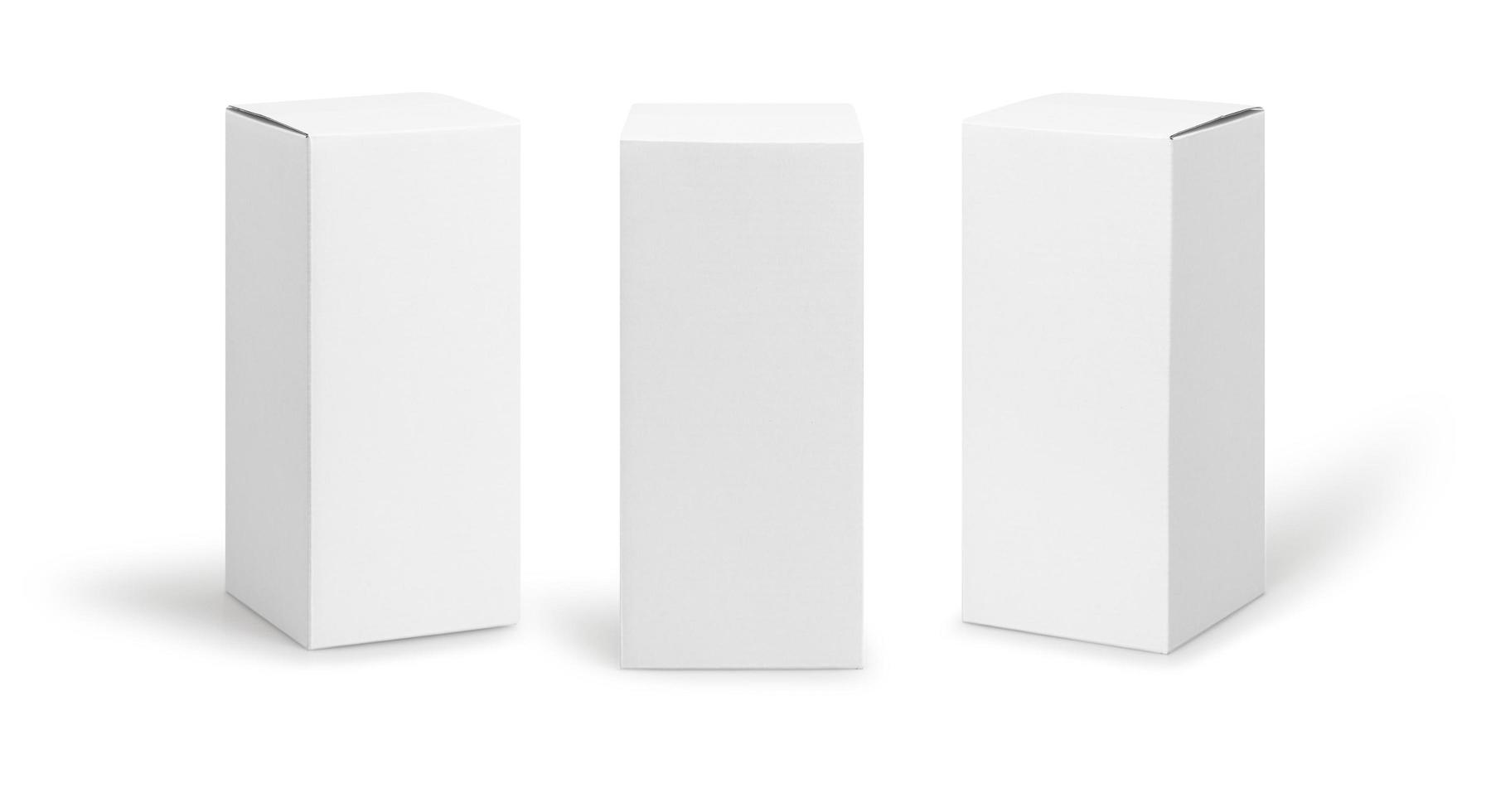 weiße Kästchen lokalisiert auf weißem Hintergrund foto