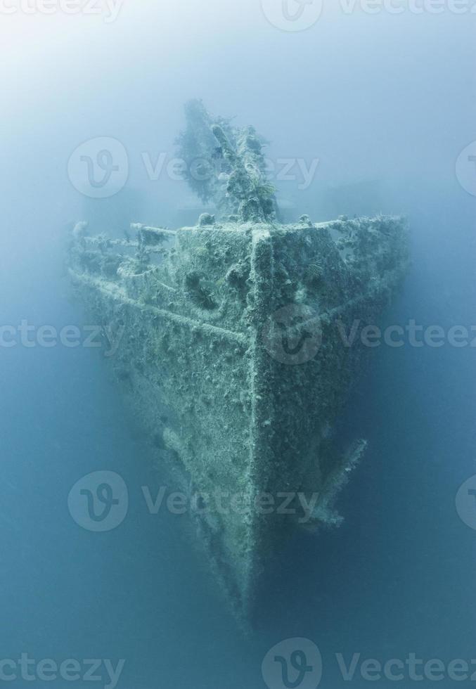Bug eines großen Unterwasserschiffswracks foto