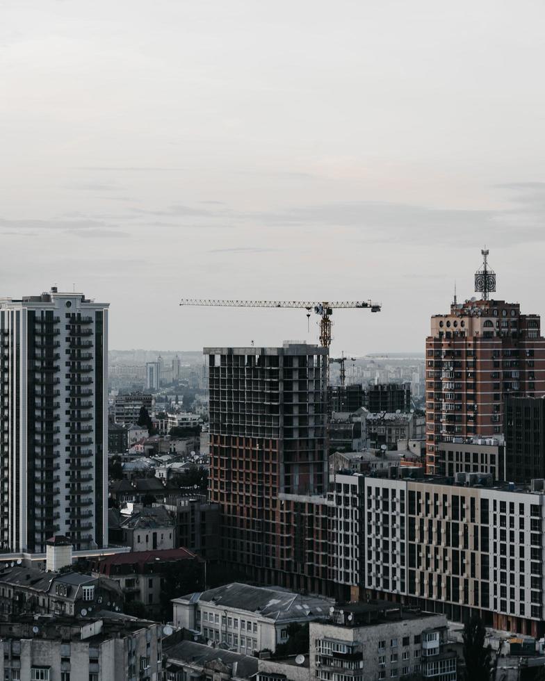 Weitwinkelfotografie von Gebäuden tagsüber foto