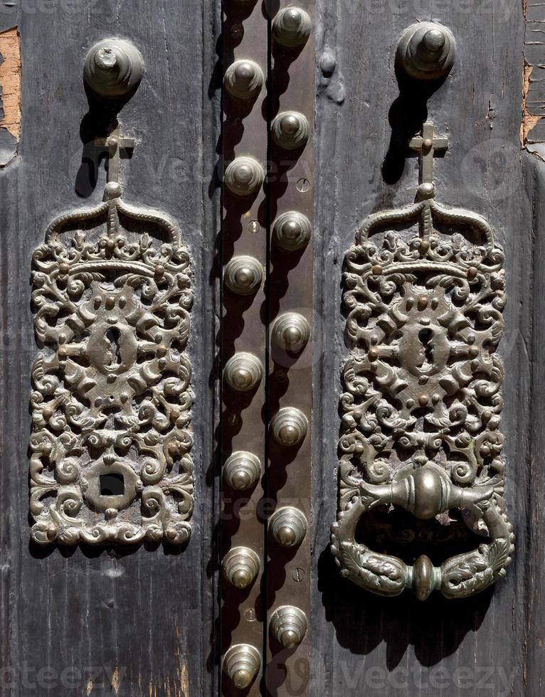 Türklopfer der Elvas-Kathedrale foto