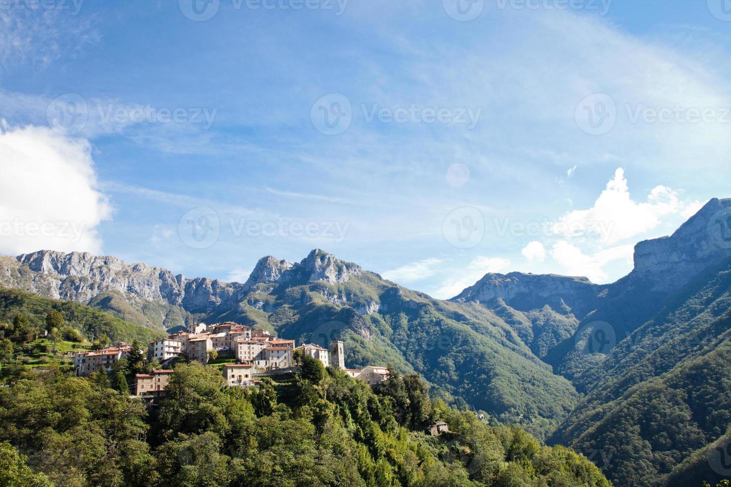 Pruno und der Monte Forato foto