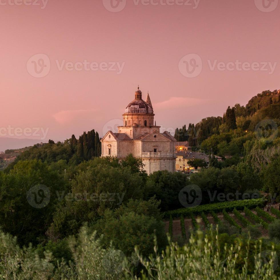 Basilika di San Biagio in der Abenddämmerung, Montepulciano, Toskana, Italien foto
