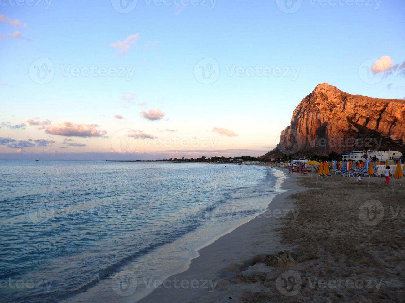 schöner Sonnenuntergang in San Vito Lo Capo foto