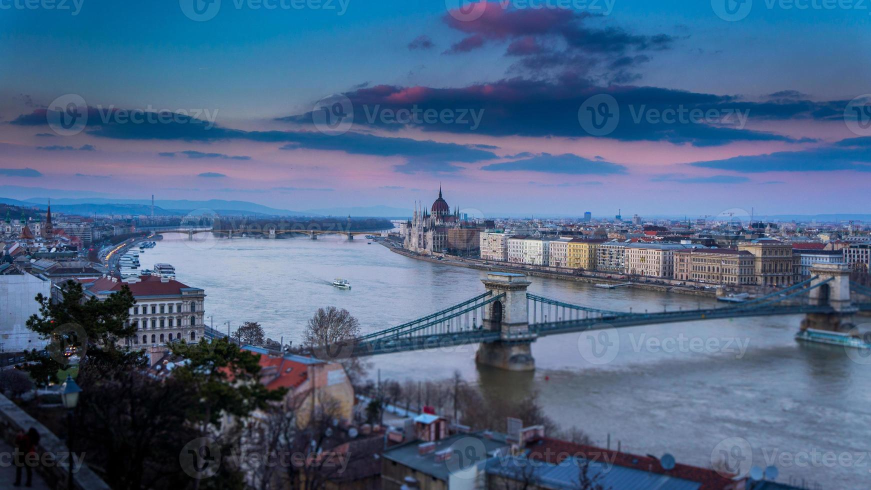 Budapest an der Donau foto