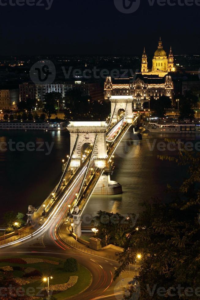 Kettenbrücke in Budapest, Ungarn foto