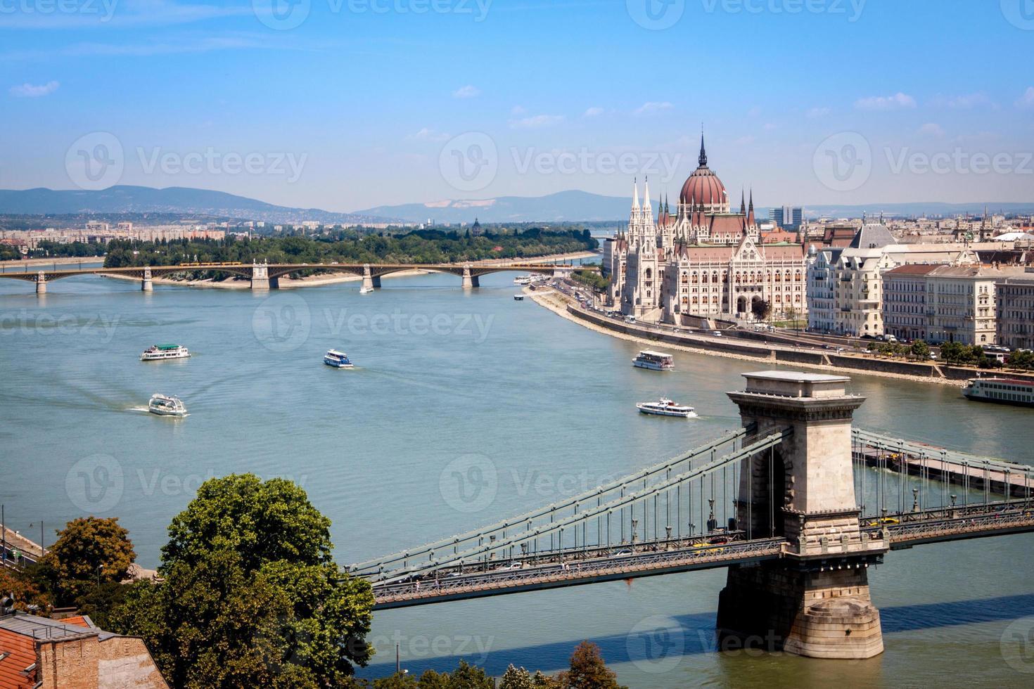 Parlamentsgebäude in Budapest, Ungarn foto