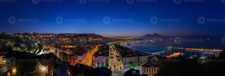 Golf von Neapel bei Sonnenaufgang foto