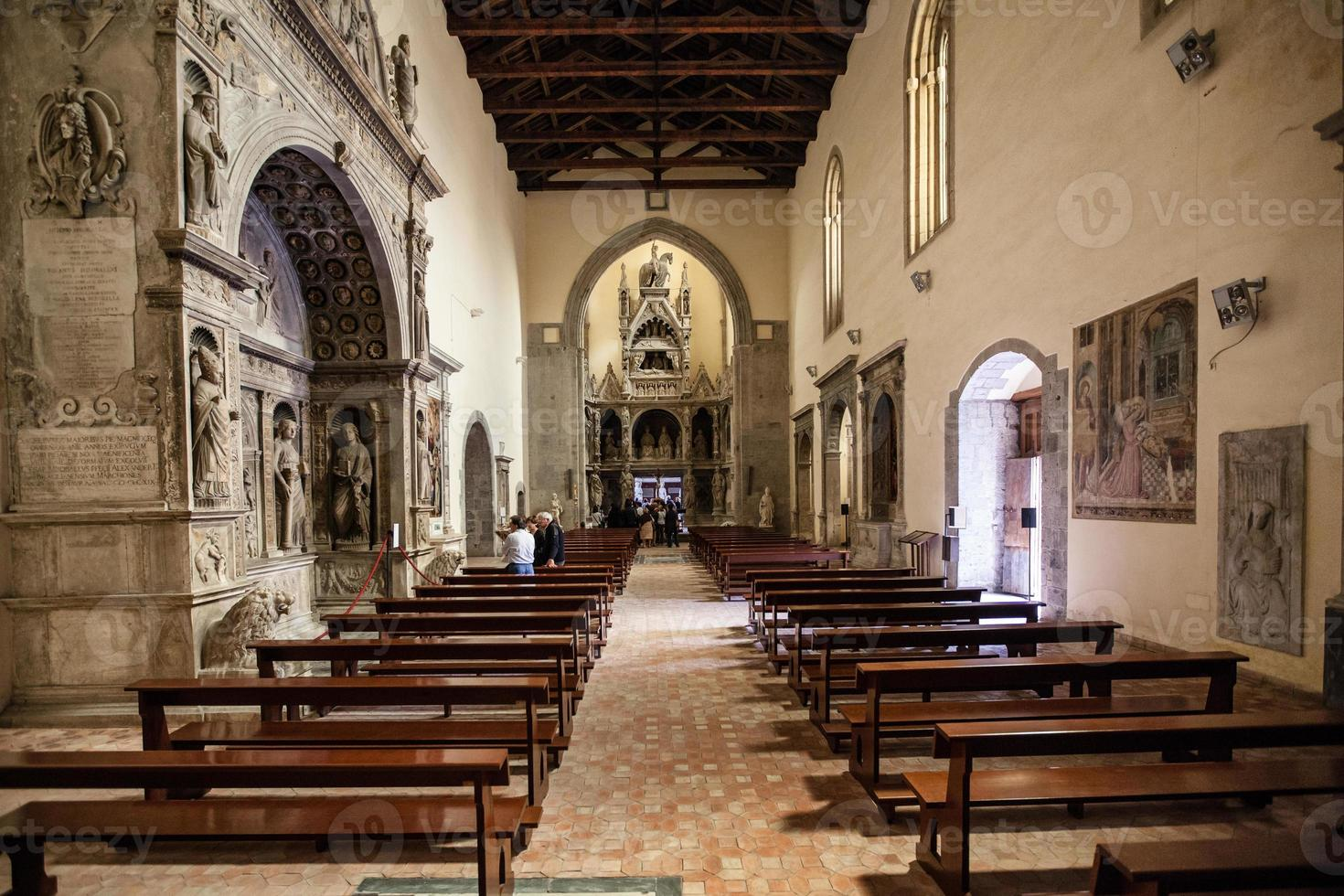 chiesa san giovanni a carbonara napoli foto
