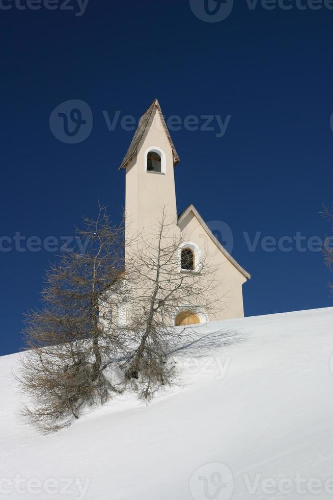 Kirche im Schnee foto
