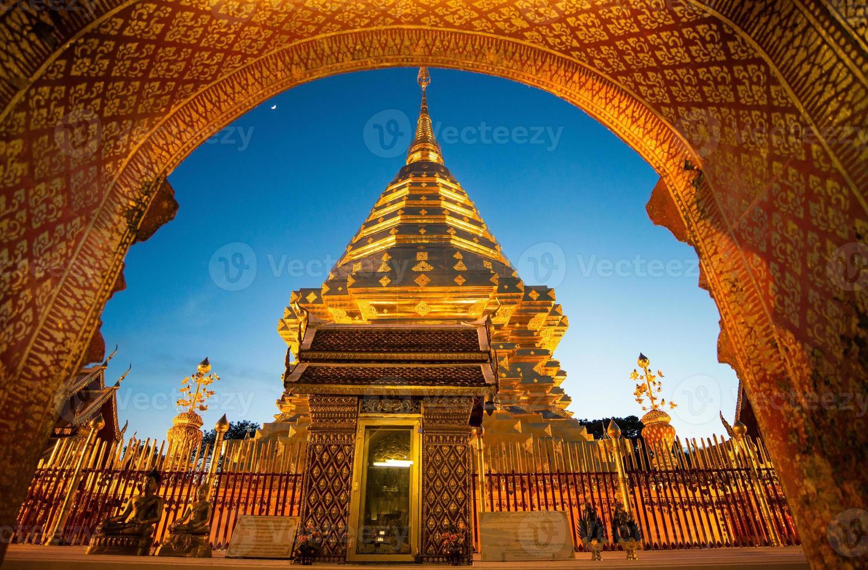 Doi Suthep Tempel in Chiangmai, Thailand foto