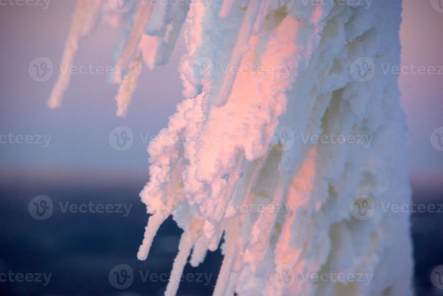schneebedeckter Draht foto