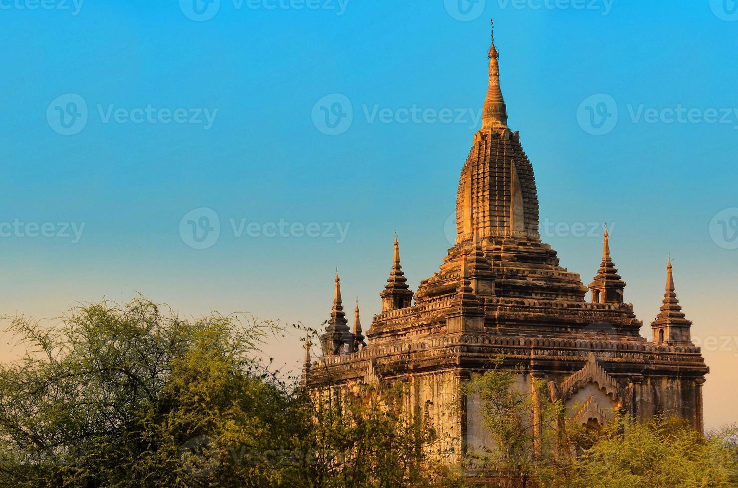 shwesandaw pagode in burma myanmar foto