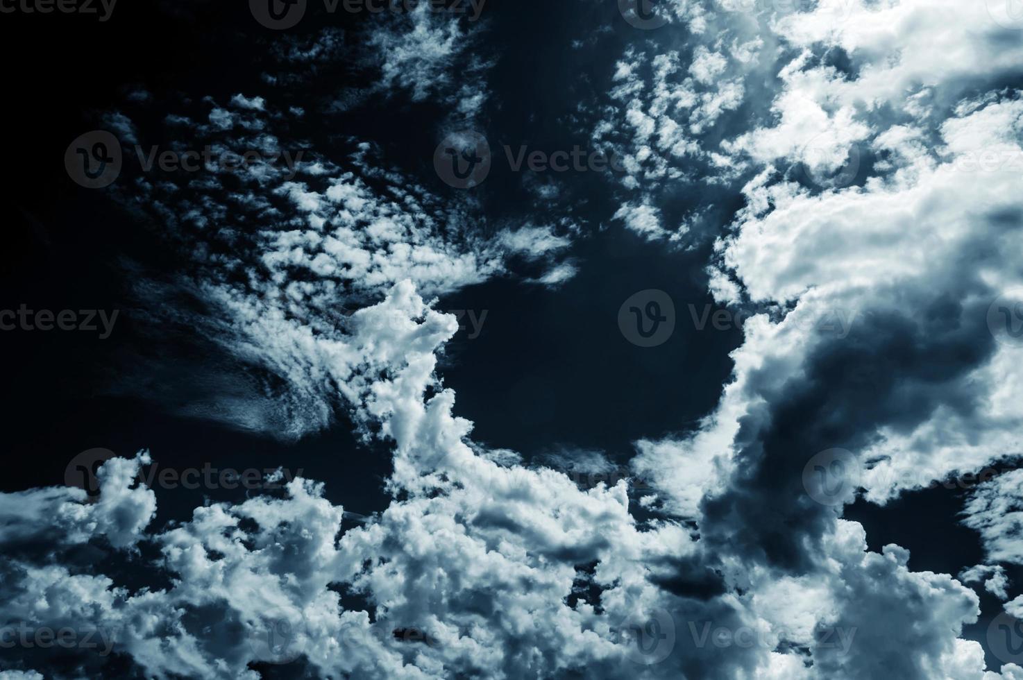 dunkle Wolken foto