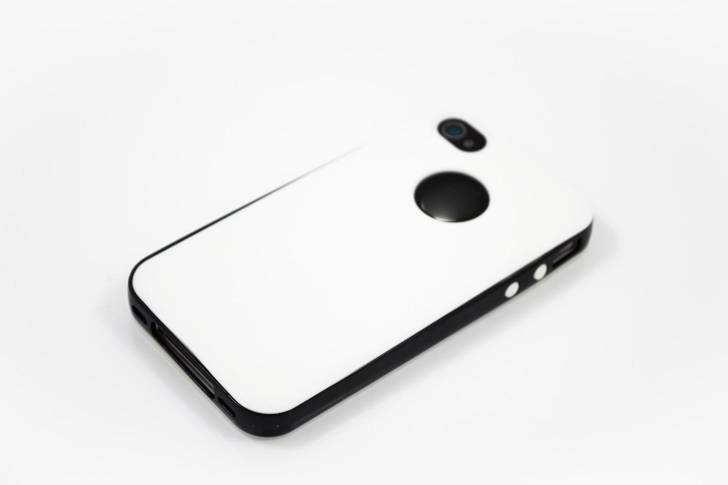 weiße Hülle auf einem Smartphone foto
