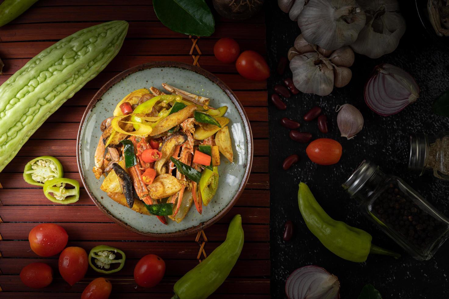 Gebratene Krabben mit Curry foto