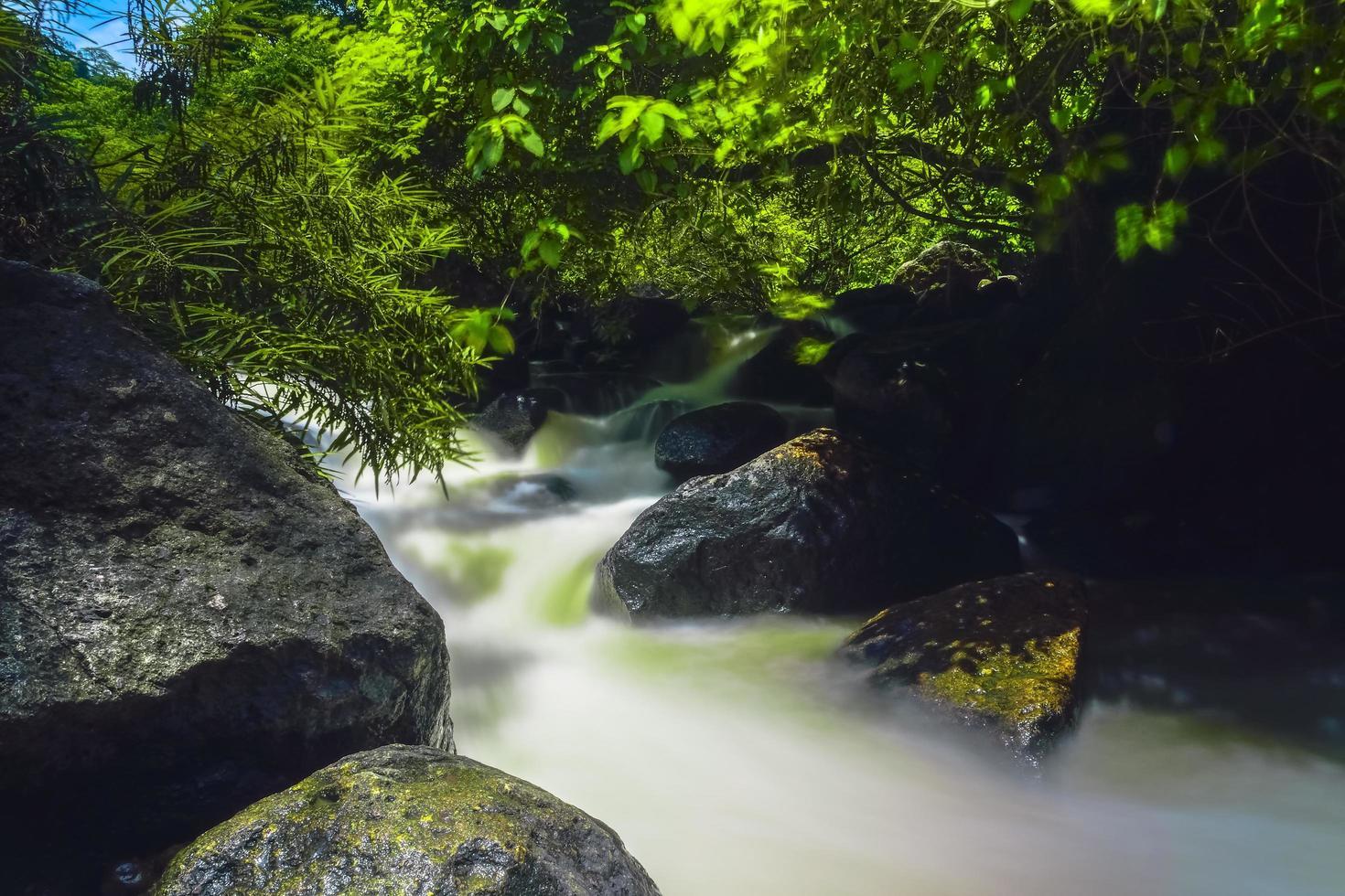 Nang Rong Wasserfall in Thailand foto