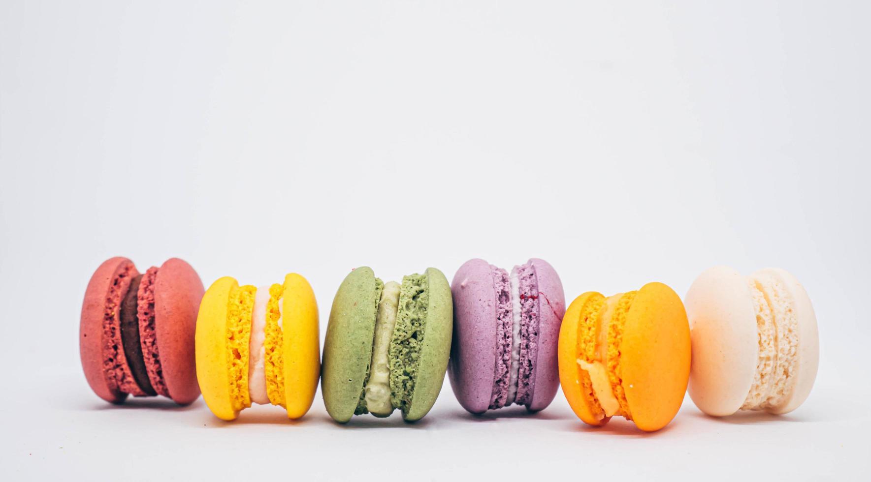 Regenbogenfarbe Macarons foto