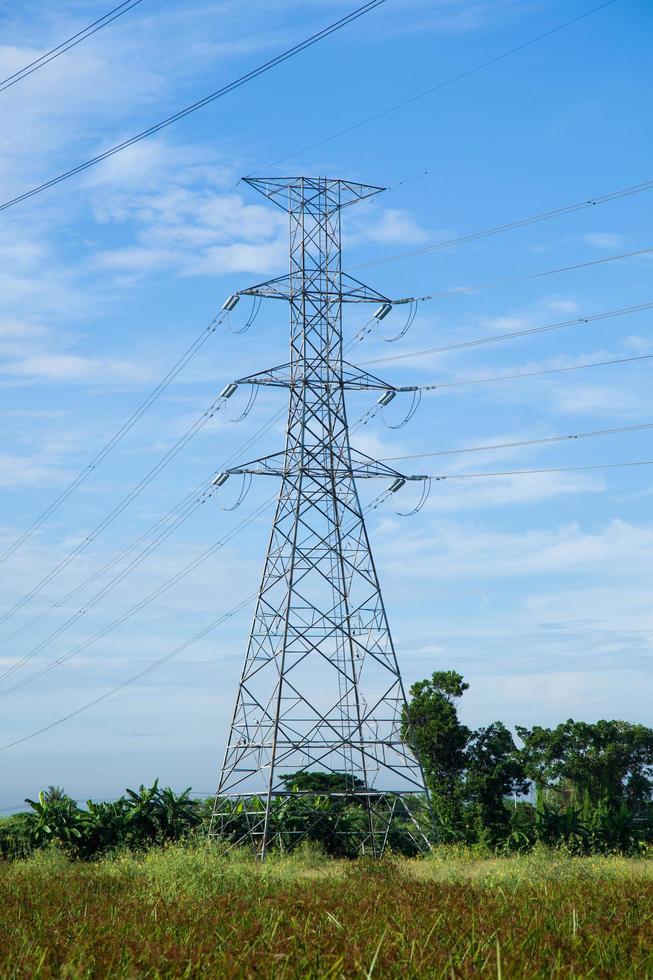 Hochspannungsturm in Thailand foto