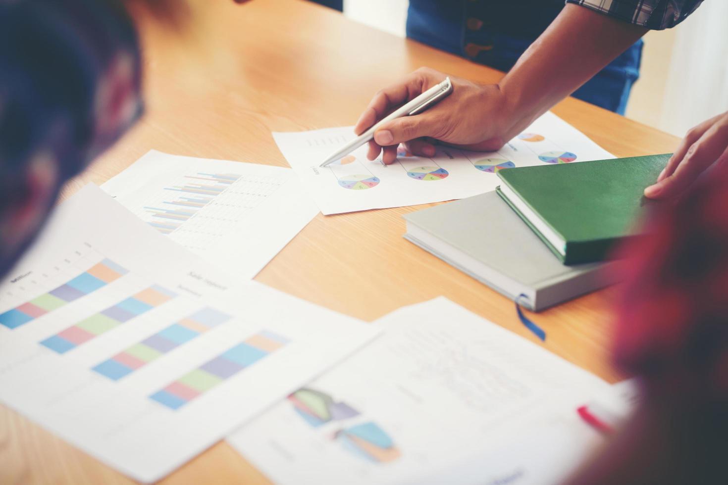 Startup-Unternehmensgruppentreffen foto