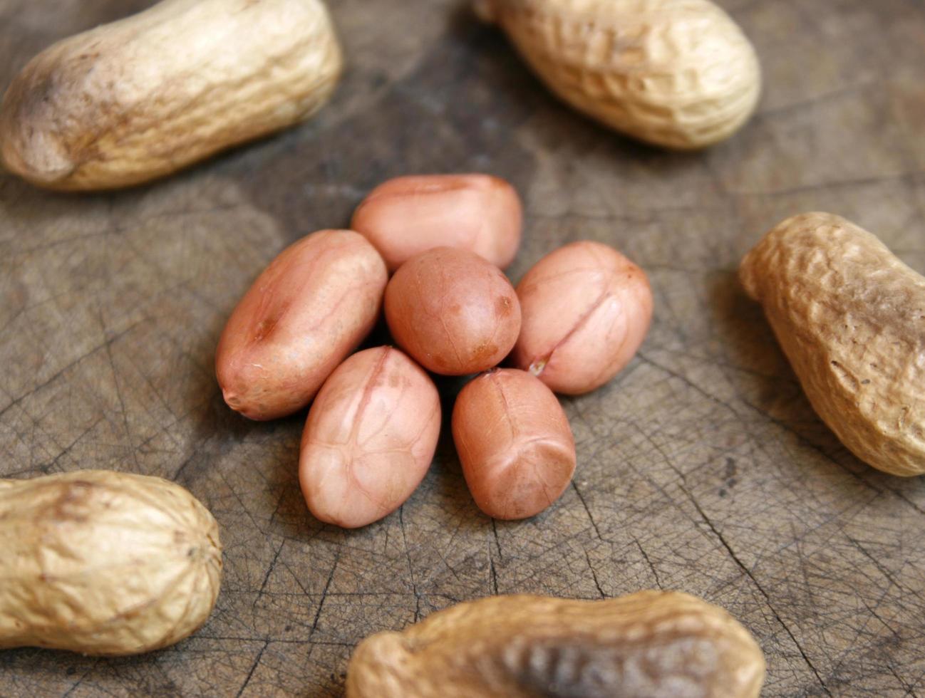 Haufen Erdnüsse foto