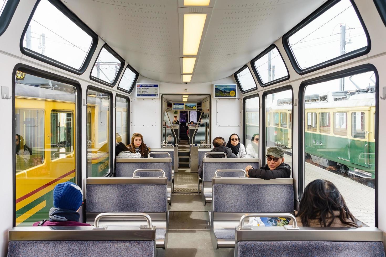 Zug in Interlaken, Schweiz, 2018 foto