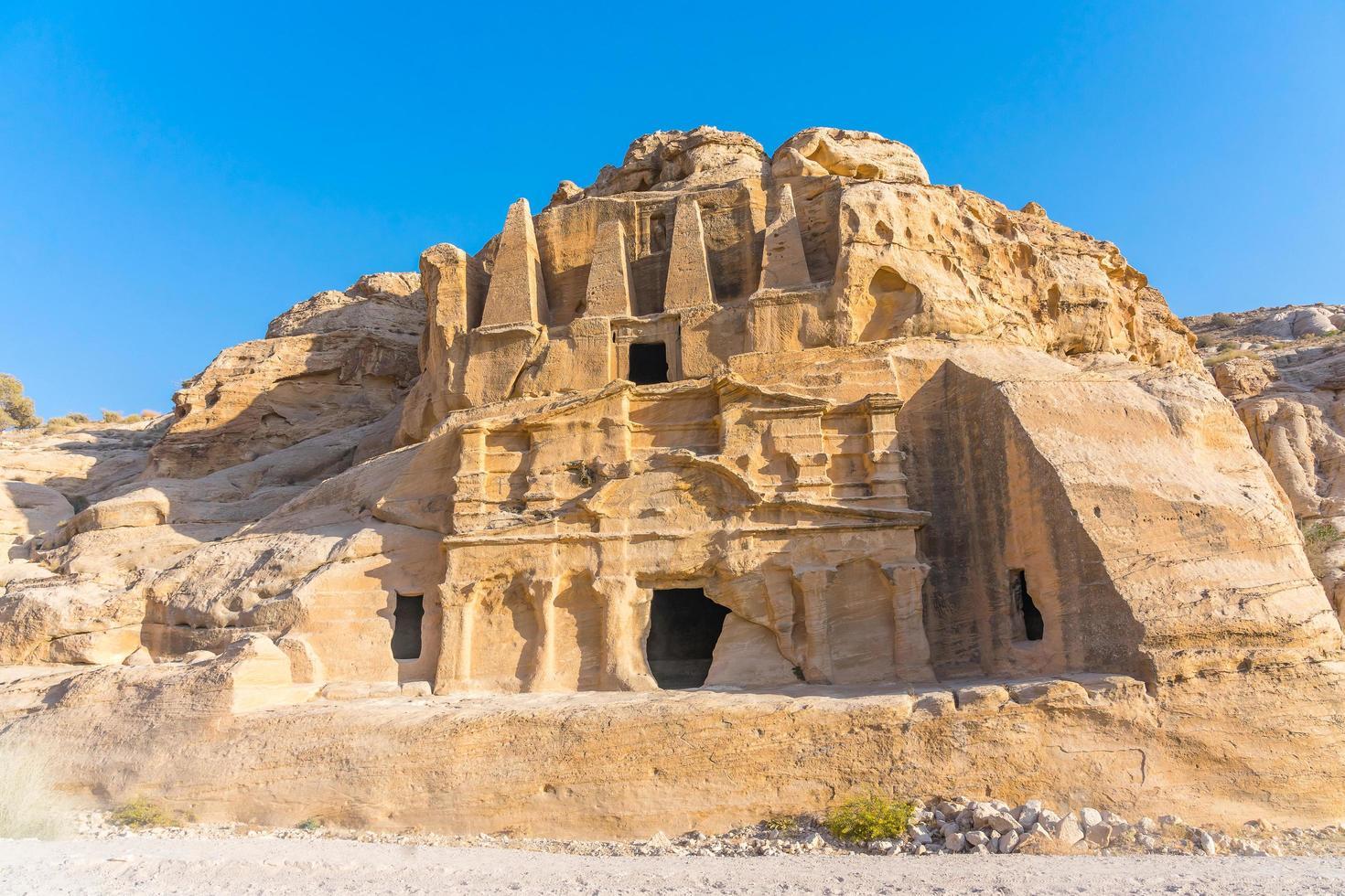 gelbes Obeliskengrab bab el-siq, petra, jordan foto