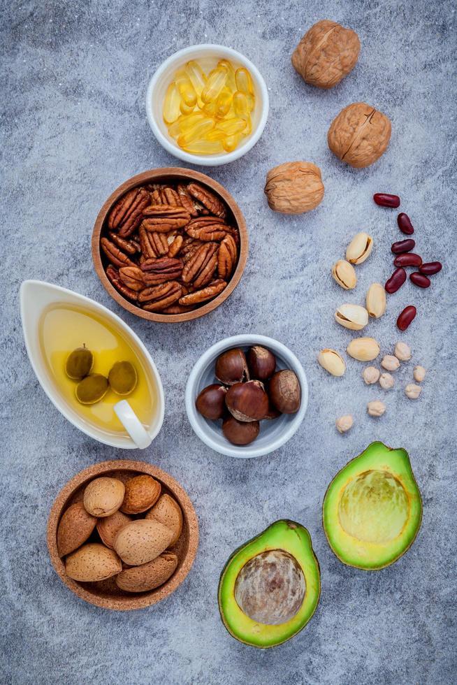 gesundes Essen auf grauem Hintergrund foto