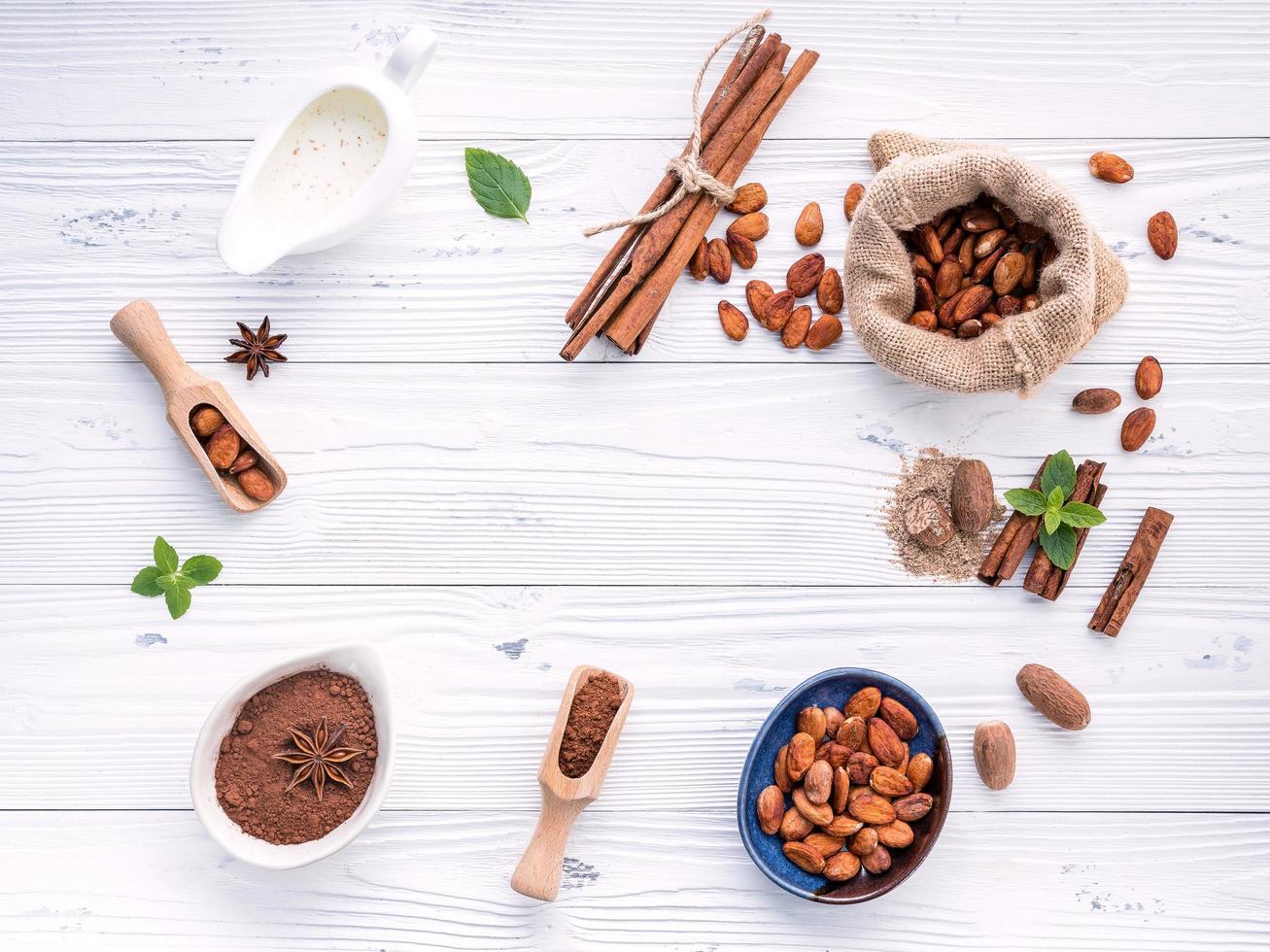 Kakao und Gewürze foto