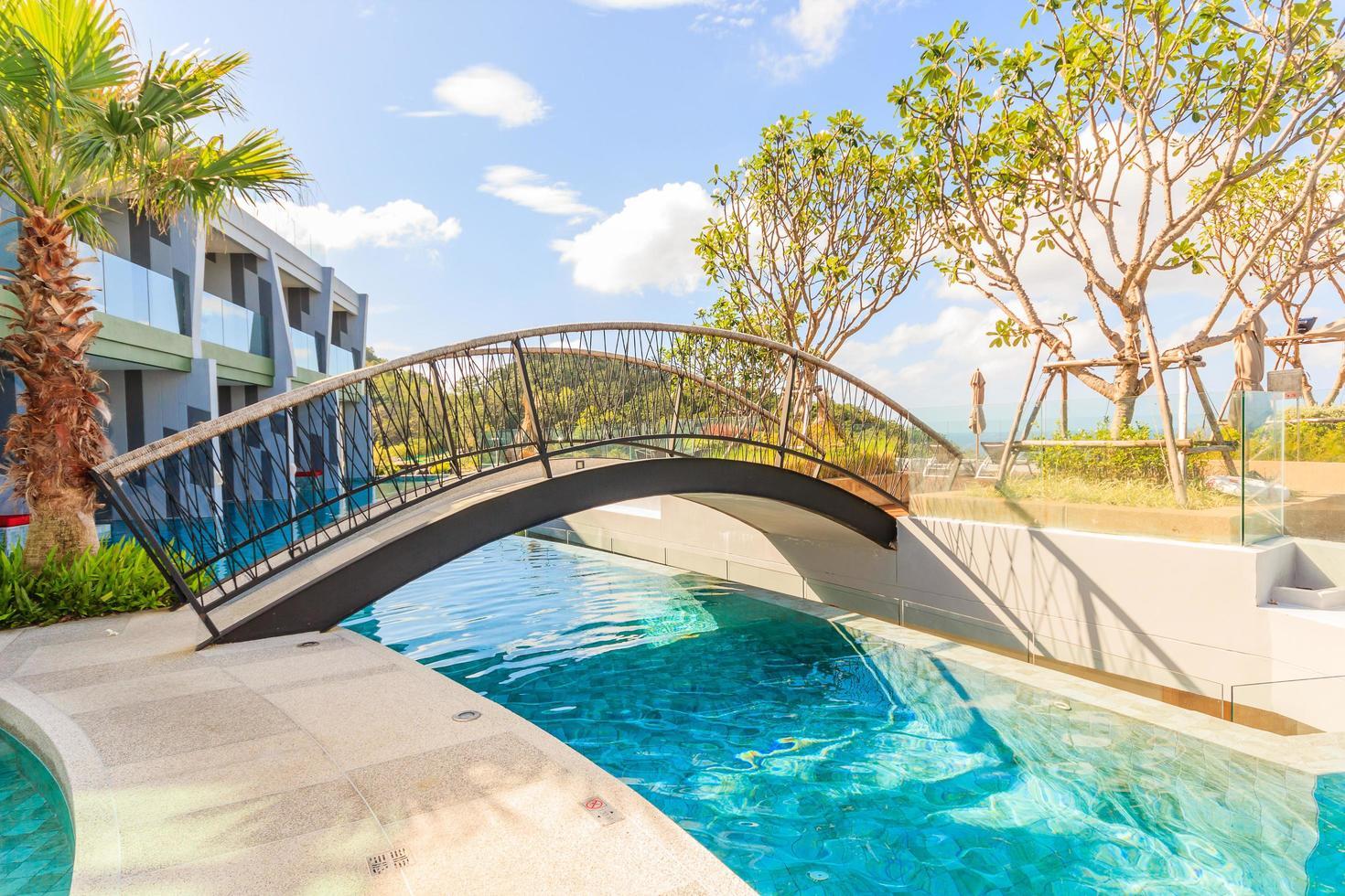 Schwimmbad im Crest Resort und Poolvillen und -resorts, Phuket, Thailand, 2017 foto